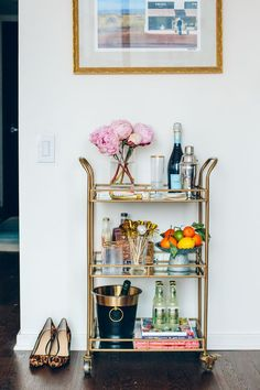 Bar Cart Ideas - There are some cool bar cart ideas which can be used to create a bar cart that suits your space. Having a bar cart offers lots of benefits. This bar cart can be used to turn your empty living room corner into the life of the party. Home Bar Decor, Bar Cart Decor, Ikea Bar Cart, Bar Furniture, Plywood Furniture, Furniture Movers, Furniture Outlet, Furniture Stores, Office Furniture