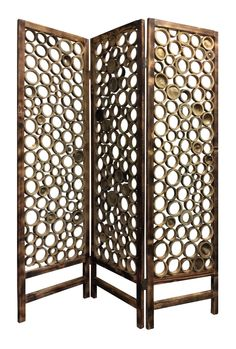 This is a 3 panel Bamboo slice screen. Each panel made of round cut bamboo slices attached together. This item will beautify and add style to any settings. Bamboo Art, Bamboo Crafts, Bamboo Fence, Bamboo Ideas, Bamboo Furniture, Diy Furniture, Furniture Movers, Furniture Removal, Luxury Furniture
