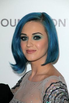 Celebrity Hairstyles: Katy Perry Short Blue Hair Color, how to get ...