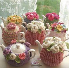 Crochet vestindo bules