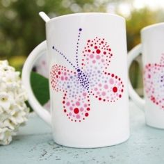 - Porcelain paint a fun and creative hobby Pottery Tools, Pottery Mugs, Pottery Art, Ceramic Painting, Ceramic Art, Fall Arts And Crafts, Pottery Courses, Pottery Store, Presents For Boyfriend