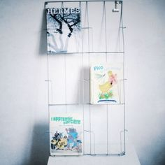 Porte revues on pinterest magazine racks murals and for Porte revue mural