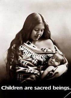 American Native Mother and child , Oregon Native American Beauty, Native American Photos, Native American History, American Indians, American Girl, Georg Christoph Lichtenberg, Mother And Child, First Nations, Our Lady
