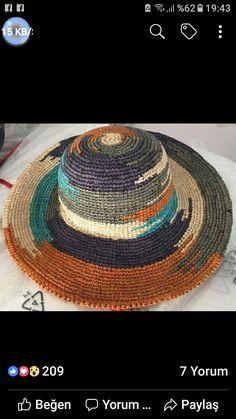Crochet Hat With Brim, Crochet Beret, Crochet Motif, Knitted Hats, Crochet Patterns, Crochet Stitches, Sombrero A Crochet, Raffia Hat, Crochet Instructions