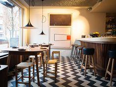 Eetbar Wilde Zwijnen (indeed the little broter of Wilde Zwijnen) --- Snacks, dinner and drinks in Amsterdam - Oost --- Javaplein 25 hs --- 020-3544000 --- Open: every day