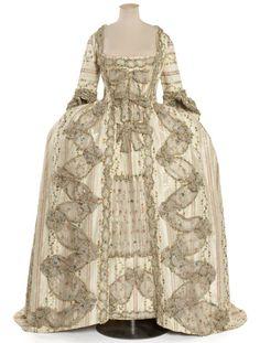 Robe à la française, ca 1775 France, Les Arts Décoratifs