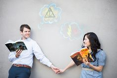 Justine + Hunter's Harry Potter Themed Engagement - When Geeks Wed Harry Potter Engagement, Harry Potter Couples, Theme Harry Potter, Harry Potter Wedding, Romantic Hugs And Kisses, Hugs And Kisses Couples, Geek Wedding, Wedding Ideas, Yer A Wizard Harry