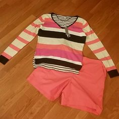 Brand new lightweight sweater b y JCPenney...Sz M Gorgeous striped lightweight sweater by JCP in sz medium. Brand new with tags jcpenney Sweaters