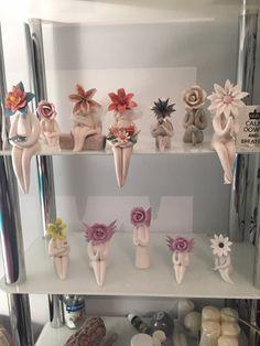 How to Make a Ceramic Flower Person - ceramic art - Ceramic Poppies, Ceramic Flowers, Clay Flowers, Clay Art Projects, Ceramics Projects, Clay Crafts, Projects To Try, Art Sculpture, Pottery Sculpture
