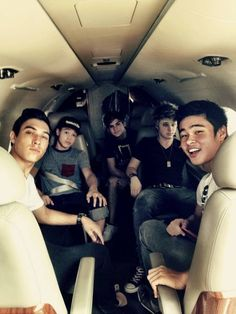 Seeing them all together brings back memorys, Dalton went home  for a week on American Idol and he sat in the plane by his self....It was weird not seeing them there.
