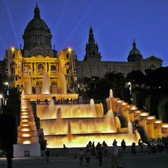 Catalan Chimes on New Year's eve 2014. Barcelona is preparing a great celebration to see off the year. This event led by La Fura dels Baus, will take place at the Montjuïc fountains; a spectacular show with suggestive images, music, a firework display and elements using the latest technology.