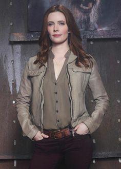 Bitsie Tulloch Interview On Juliette's New Role In Grimm Season 3. http://www.realstylenetwork.com/news/celebrities/2013/10/bitsie-tulloch-interview-on-juliettes-new-role-in-grimm-season-3/