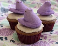 When Kirsten and I planned a purple picnic for our girls to celebrate Purple Day, purple cupcakes were on the menu. And since I've become quite the baker these days, I wanted to try my hand at a new cake. Cupcake Flavors, Cupcake Recipes, Dessert Recipes, Purple Cupcakes, Yummy Cupcakes, Just Desserts, Delicious Desserts, Yummy Food, Grape Soda