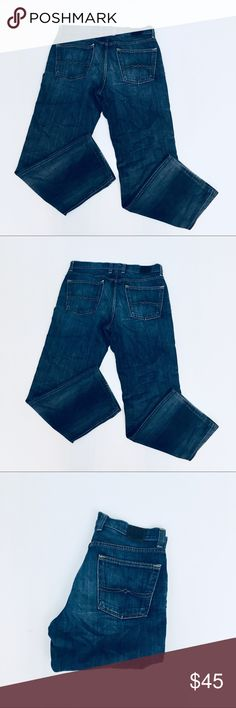 Lucky Brand Men's Vintage Straight Jeans 34/30 Lucky Brand Vintage Straight Jeans in medium wash denim. These are an awesome pair of jeans! They are in excellent condition, and from a smoke free home! Size 34/30. Lucky Brand Jeans Straight #mensjeansstraight