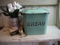 Rare Pastel Green Vintage Enamel Bread Box - Bread Bin by VintiqueTree on Etsy