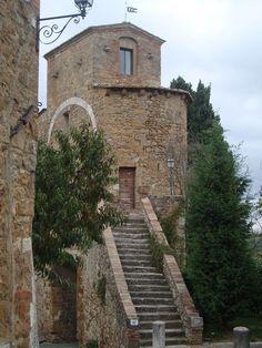 San Quirico d' Orcia, Tuscany