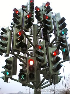Traffic light sculpture in Canary Wharf in London (located in a real roundabout...)