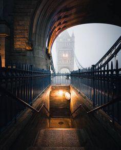 Insane #TowerBridge photo from @rontimehin  || #thisislondon