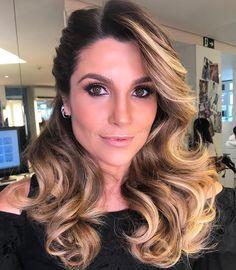 Penteados simples para casamento: 60 ideias e tutoriais fáceis de fazer Bad Hair, Hair Day, Ponytail Hairstyles, Wedding Hairstyles, Hair Up Styles, Hair And Makeup Tips, Medium Long Hair, Short Hair Cuts For Women, How To Make Hair