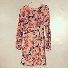 "**floral dress size small new with out tags best fits a small or size 2....length  34"" Dresses Mini"