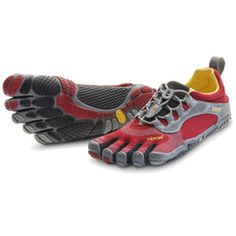 Has anyone run a marathon in Vibram Five Fingers? Thoughts?