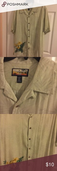 Havana Jacks Cafe Button Down Shirt Great condition and just in time for the nice weather.Sz L. havana Jacks Cafe Shirts Casual Button Down Shirts