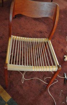 Weaving Danish Paper Cord Seats on Danish Modern Furniture ModernChair Cord Danish Furn 8230 Refurbished Furniture, Wicker Furniture, Rustic Furniture, Furniture Makeover, Cool Furniture, Furniture Plans, Luxury Furniture, Furniture Design, Furniture Buyers