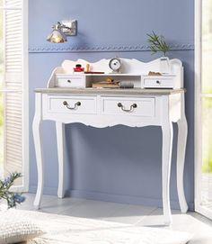 Sekretär, Home affaire, »Riviera« Zum Arbeiten fast zu schade: Der Sekretär »Riviera« von Home affaire besticht durch sein stilvolles Design. Dieser Schreibtisch sieht fast so aus, als handele es sich dabei um ein wertvolles, antikes Erbstück: Die schönen Fräsungen und geschwungenen Formen sowie die tollen Metallgriffe machen diesen Schreibtisch zu einem echten Hingucker. So lässt sich auch im Wohn-, Ess- oder Schlafzimmer eine tolle Arbeitsecke einrichten.