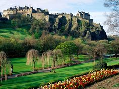 Princes Street Gardens Edinburgh | Princes Street Gardens and Edinburgh Castle | Foto Erasmus Edimburgo