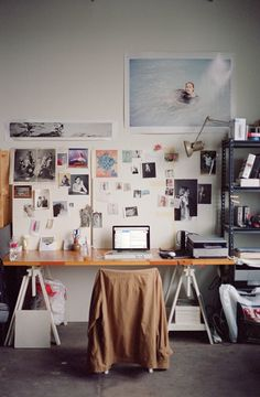our office sucks. – almost makes perfect – Office Design 2020 Room Inspiration, Interior Inspiration, Study Room Decor, Home Office Space, Office Spaces, Office Art, Aesthetic Room Decor, Studio Room, Vintage Home Decor