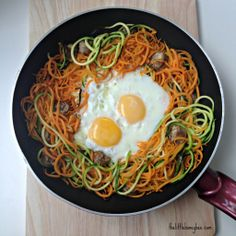 Eggs In A Spiralized Basket