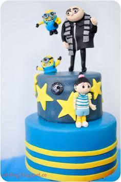 Despicable Me 2 movie cakes photos | cakebug: Despicable Me Cake