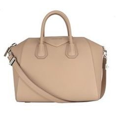 GIVENCHY  NATURAL ANTIGONA LEATHER BAG     €  1534