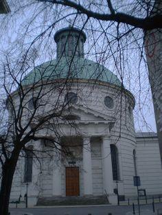 Warszawa//Holy Trinity Church in Warsaw //Szymon…
