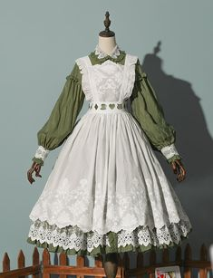 Old Fashion Dresses, Old Dresses, Vintage Dresses, Fashion Outfits, Kawaii Fashion, Lolita Fashion, Cute Fashion, Look Fashion, Pretty Outfits