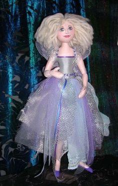 Jan Horrox Cloth Doll  — Peaseblossom