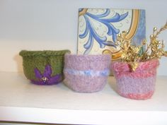 Little bowls...knitted and then felted in the washing machine.