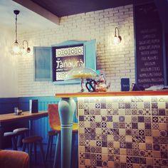 #tanoura #restaurant #wien #vienna #orientalfood Photo Andrea PICKL Oriental Food, Halloumi, Falafel, Vienna, Roman, Food And Drink, Restaurant, Drinks, Drinking