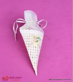 Külah Nikah Şekeri DG6  #nikahsekeri #cannikahsekeri #wedding #weddingcandy #gift #istanbul #bride #gelinlik #dugun #dugun #davetiye #seker #love #animals #fashion #followme #life #me #nice #fun #cute @cannikahsekeri