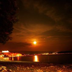 The best nights are usually unplanned and spontaneous we say seize the night! #thassos #thasos #thassosnow #visit_thassos #photooftheday #happy #instatravel #insta_greece #thassosisland #summer #instago #instadaily #instatravelling #mytravelgram #travelgram #igtravel #nature #worlderlust #beautiful #iloveellada #instamood #greece #greek_island #paradise #VisitGreece #ig_europe #ig_captures #igers #instacool #greeksummer