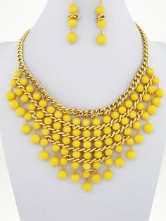 Mellow Yellow Necklace by ALLYandASHLEY on Etsy