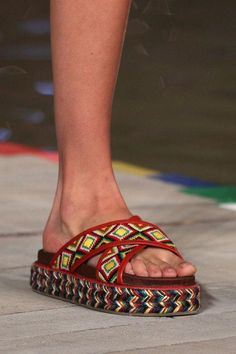 Come see the very best shoe trends from the spring 2016 runways, including these Tommy Hilfiger slides