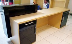 Meja Kasir / Resepsionis  #table #receptionist #tailor #furniture #interiordesign #interiorpurwokerto #interiorpurbalingga #jualinterior #furniture #aideainterior by aidea_interior_wallpaper