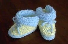 Merceria Creativa Sanflex - Zapatitos con solapa para bebé