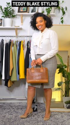 Styling my teddy blake, affordable luxury bag. Fall Outfits For Work, Casual Work Outfits, Business Casual Outfits, Professional Outfits, Classy Outfits, Chic Outfits, Fashion Outfits, Work Attire, Curvy Girl Outfits
