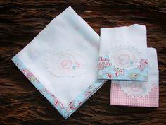 Kit fraldas de boca e toalha Passarinho