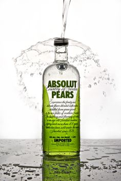 Product Photography / Absolut Pears Splash / © Ricardo Seco