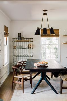 the moody home of san francisco blogger alicia lund.