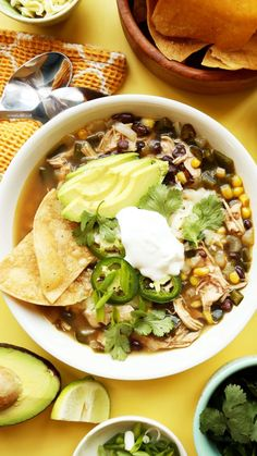 Save the recipe! Chicken Tortilla Soup, Best Dishes, Rotisserie Chicken, Recipe Of The Day, Ethnic Recipes, Food, Baked Chicken, Essen, Meals
