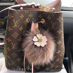 Louis Vuitton Shoulder Bags Monoglam Purses Shoulder Bags 5